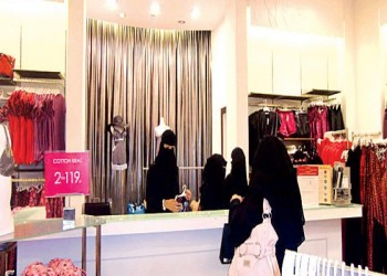 العمل السعودية توظف 65 ألف سعودية من بين 2.5 مليون عاطل