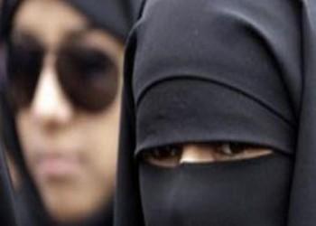 """هل تعمل المرأة السعودية في """"الهيئة"""" أم تظل """"مأمورة""""؟!"""