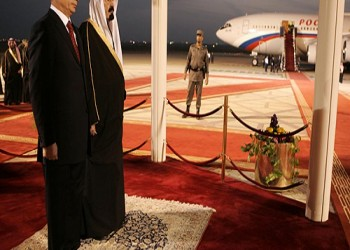 لماذا تلوح السعودية بالتقارب مع روسيا
