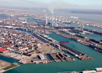 «موانئ دبي العالمية» تعرض شراء «عالم المناطق الاقتصادية» بـ2.6 مليار دولار
