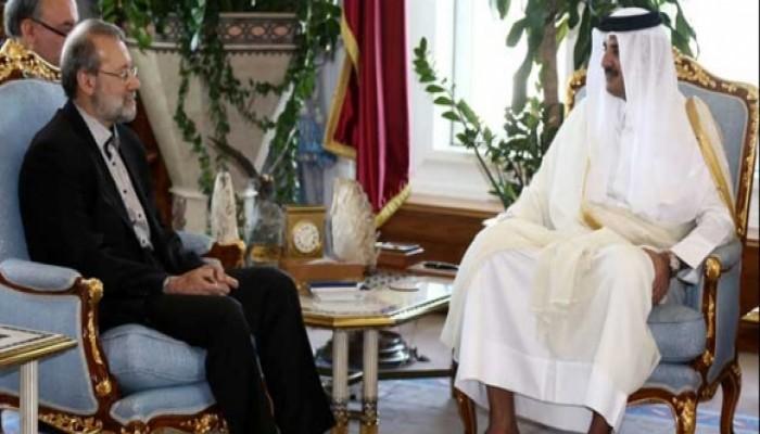 أمير قطر يستعرض مع رئيس البرلمان الإيراني العلاقات المشتركة بين البلدين
