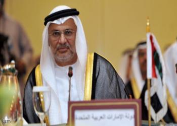«قرقاش» يصف معارضي السياسة الإماراتية بـ«الفاشلين الأقزام»