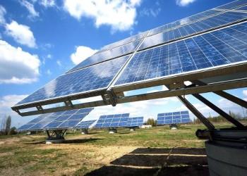 الإمارات ونيوزيلندا توقعان اتفاقية تعاون لإنشاء محطة طاقة شمسية في جزر سليمان