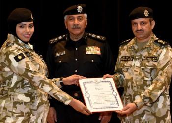 الكويت: لا مانع من انخراط المرأة في الخدمة العسكرية