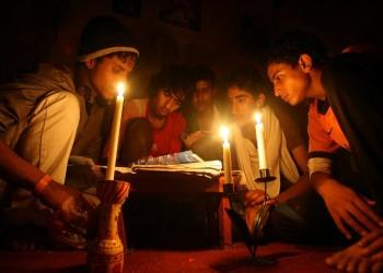 اتهامات لقوات تدعمها الإمارات بقطع الكهرباء عن عدن