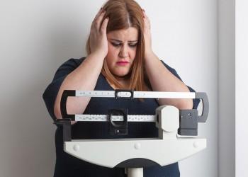 دراسة جديدة: البدانة قد تؤخر وصول المرأة إلى سن اليأس