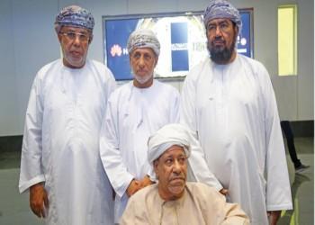 وصول 3 عمانيين اعتقلتهم الهند بتهمة زواج قاصرات إلى بلادهم