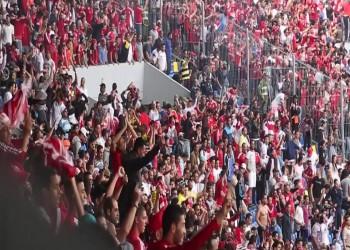 بالفيديو..  معركة لجماهير الوداد المغربي خلال مباراة بـ«كأس الملك»
