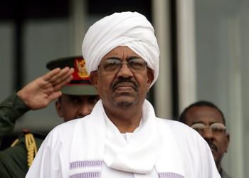 في خطوة مفاجئة.. «البشير» يقيل مدير المخابرات ويعيد السابق