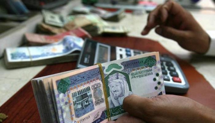 «النقد العربي السعودي»: لا نية لفك ارتباط الريال بالدولار