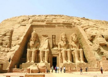 شركات مصرية تحذر من عزوف السياح بعد رفع رسوم تأشيرة السياحة