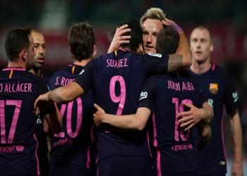 برباعية وخمسة إنذارات وطرد.. «برشلونة» يواصل مطاردة «ريال مدريد» في الليغا