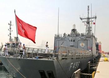 تركيا تعزز قواتها في قطر بفرقاطة حربية