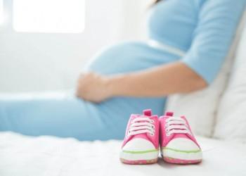 استشاري: الوجبات السريعة الغنية بالدهون تؤثر على خصوبة المرأة