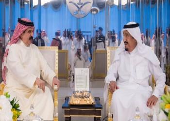 ملك البحرين بالسعودية في زيارة لم يعلن عنها مسبقا (صور)