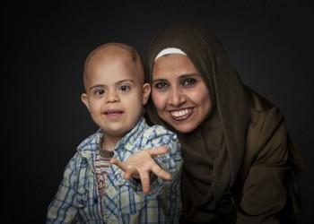 هولندية تطلق حملة لمنع ترحيل طفل فلسطيني سوري للعراق