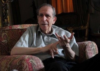 نائب رئيس وزراء مصري سابق يطالب بالإفراج عن «شباب يناير»