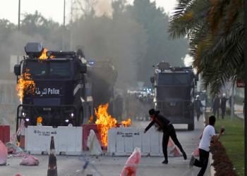 البحرين.. السجن لـ9 هاجموا دورية أمنية بالمولوتوف