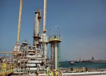 بضغط غربي.. «حفتر» يسلم موانئ النفط للمؤسسة الوطنية الليبية