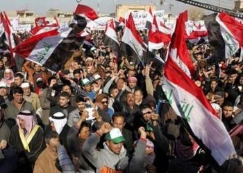 عراقيون ينصبون خيام اعتصام عند حقول النفط في البصرة