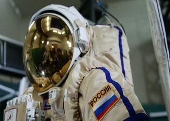 9 مرشحين إماراتيين للتحليق في الفضاء يصلون إلى روسيا