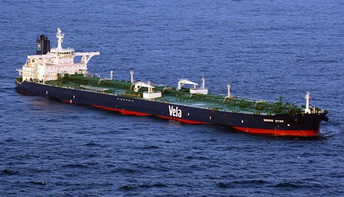 السعودية تستأنف نقل شحنات النفط عبر مضيق باب المندب