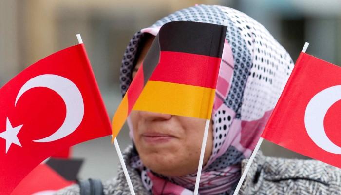 تضارب الأنباء حول تقديم ألمانيا مساعدات لتركيا