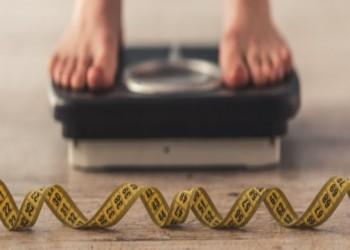 الرياضة والسعرات الحرارية الأقل تحميان المرأة من متلازمة الأيض