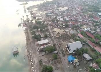 إندونيسيا ترفع مستوى الإنذار في منطقة تسونامي