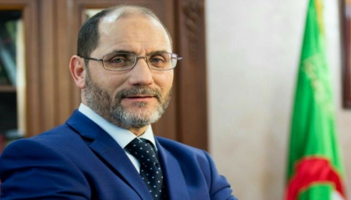 إصلاحات دستورية واقتصادية تتصدر برنامج مقري لرئاسة الجزائر
