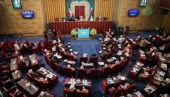 خبراء القيادة الإيراني يعارض الانضمام لاتفاقيات تمويل الإرهاب