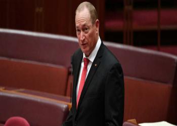 سيناتور أسترالي يبرر هجوم نيوزيلندا الإرهابي: المسلمون السبب