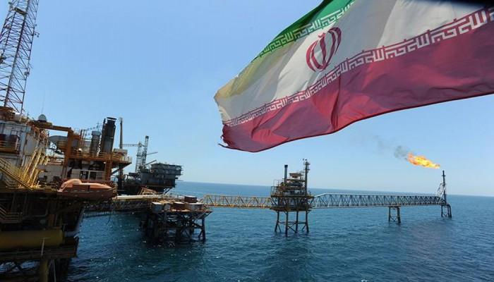 أسطول ناقلات النفط الإيراني يتقلص بفعل العقوبات الأمريكية