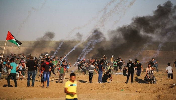 79 مصابا فلسطينيا بقمع الاحتلال لمسيرة العودة بغزة