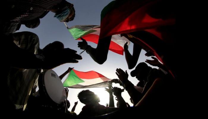 فورين أفيرز: كيف سيحدد الانتقال السياسي بالسودان مستقبل القرن الأفريقي؟