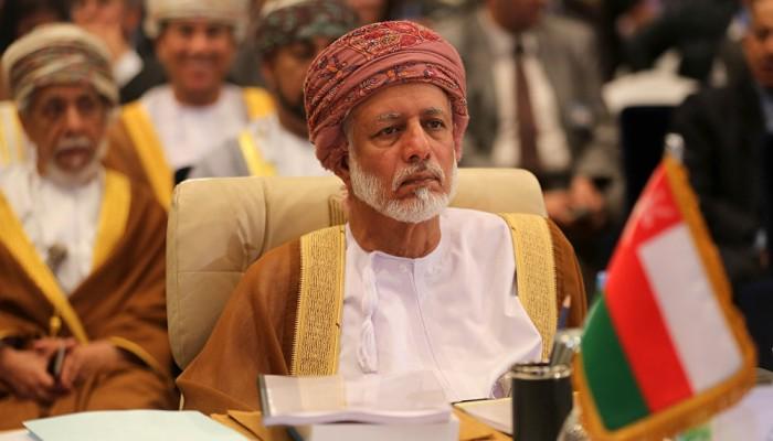 وزير خارجية عمان يزور إيران.. هل تتوسط مسقط لتخفيف التوتر؟