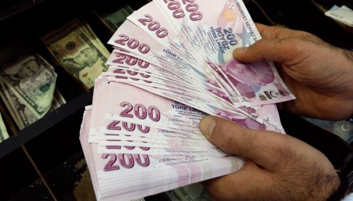 عام على محنة الليرة.. كيف تحدت تركيا التنبؤات بانهيار اقتصادها؟