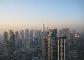 لوب لوج: أبوظبي لن تنجح بتحجيم العلاقة بين دبي وإيران