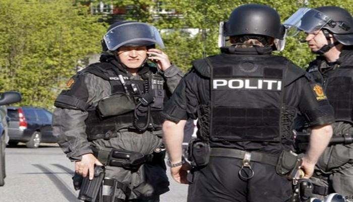 إصابة شخص واعتقال آخر إثر إطلاق نار داخل مسجد في النرويج