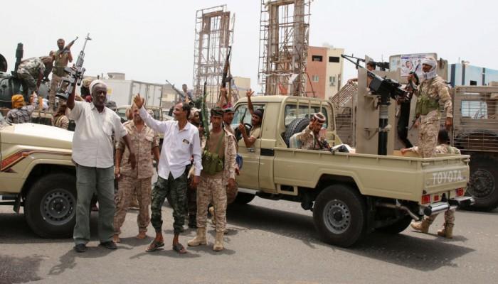 حكومة هادي: انسحاب مليشيات الجنوبي من عدن شرط الحوار