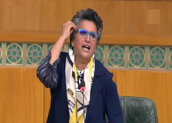 نائبة كويتية تدعو لفرض رسوم على الهواء الذي يتنفسه الوافدون