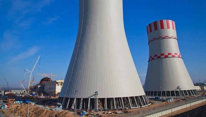إيران تتهم السعودية بالسعي لإنشاء برنامج نووي سري