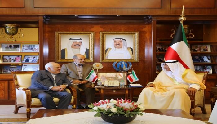 ظريف يبحث مع نظيره الكويتي السبل الكفيلة لحد التصعيد ضد إيران