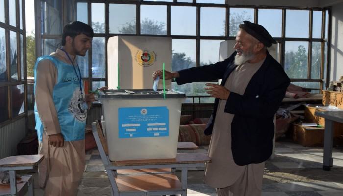 تفجيرات بمدن أفغانية تزامنا مع انطلاق الاقتراع الرئاسي