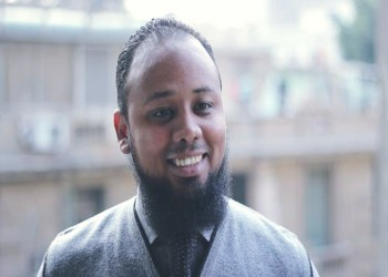 اعتقال محام مصري أثناء حضوره التحقيق مع الناشط علاء عبدالفتاح