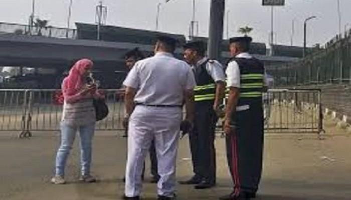 حقوق الإنسان بمصر: فحص هواتف المواطنين يخالف القانون