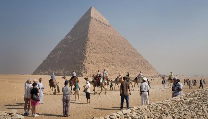 %28 زيادة في إيرادات السياحة المصرية
