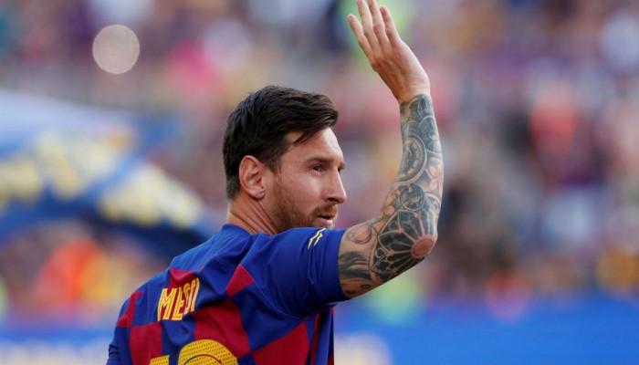 ميسي يفاجئ برشلونة بإعلان تفكيره بالرحيل.. ما السبب؟