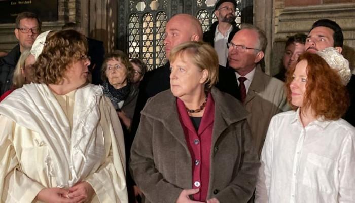 هآرتس: هجوم كنيس ألمانيا يكشف استهداف اليمين المتطرف للمسلمين واليهود