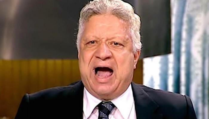 رئيس الزمالك يهاجم محمد صلاح بسبب صورة مع باسم يوسف